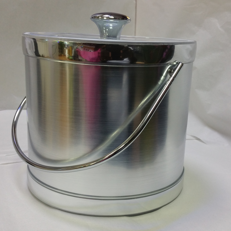 3-Quart American-styled Ice Bucket, Silver with Silver trims